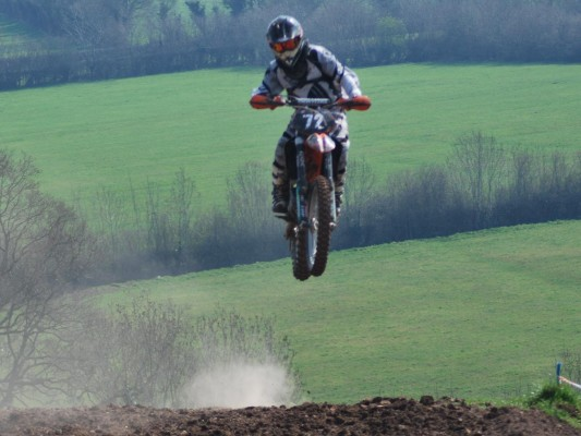 Yarley Motopark photo